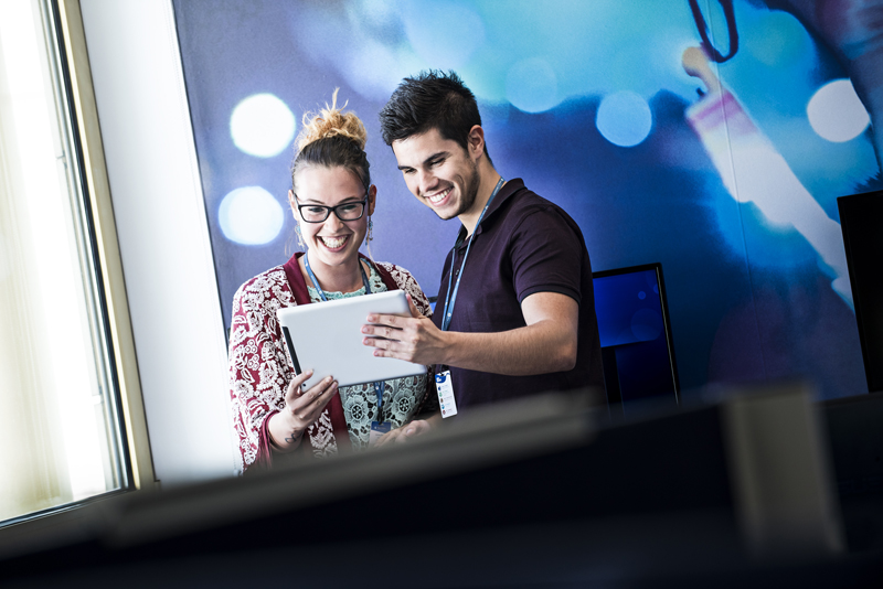 Teleperformance innoveert door partnership met Building Blocks met slimme gepersonaliseerde service.